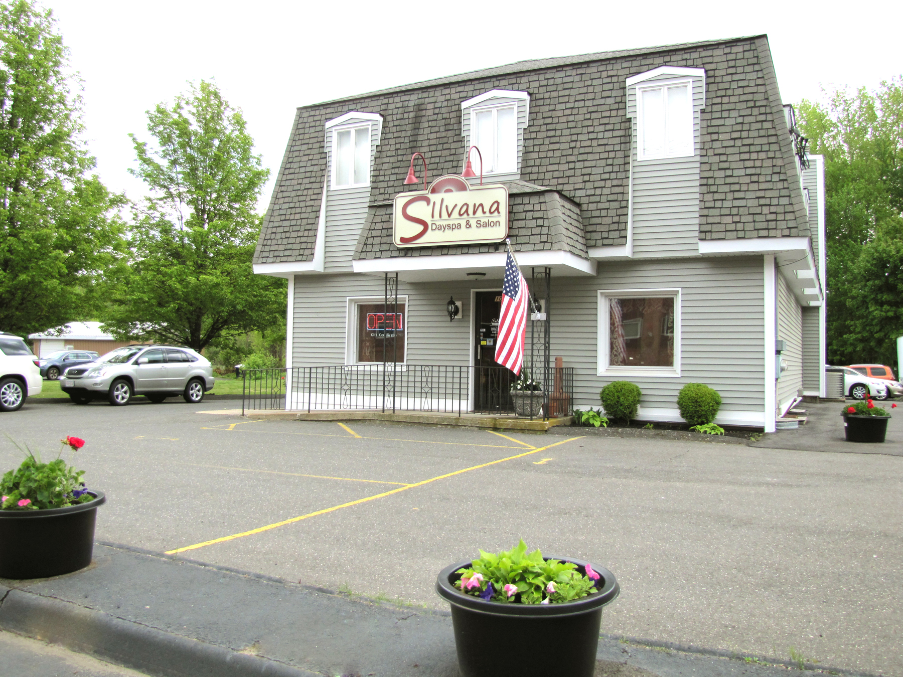 day spa Bristol, CT - Silvana Dayspa and Salon