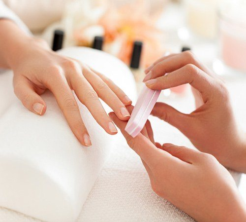Spring Nail Facts - Choosing the perfect style & salon for you!